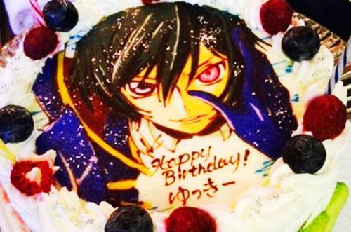 【ありがとうの声】感動クオリティのキャラケーキで素敵な誕生日祝い