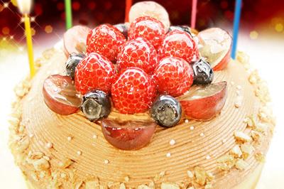 話題のバースデーケーキで忘れられない誕生日を♪