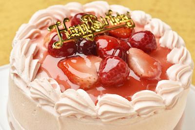 激安なのに喜ばれる!?お財布にも嬉しい誕生日ケーキまとめ♪