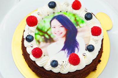 30歳の女性に喜ばれるバースデーケーキ特集!人気ケーキまとめ
