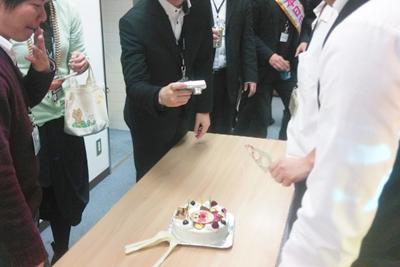 【CLINKS株式会社さま】新人歓迎会がオーダーケーキで盛り上がる?!