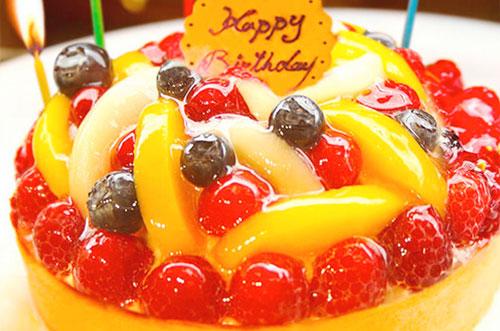 誕生日ケーキを旅行先で!恋人が喜ぶサプライズケーキとは?
