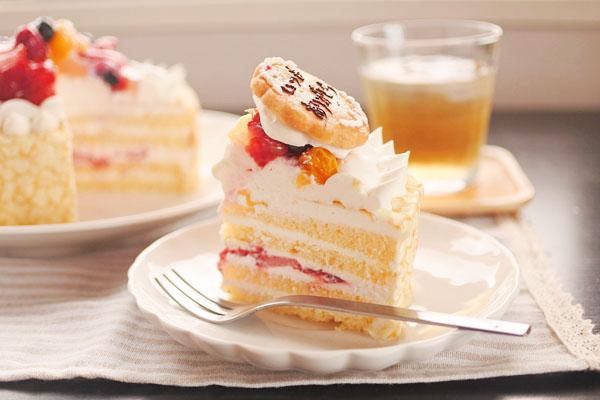 やわらか生地にたっぷりフルーツ☆クレープケーキ 5号の画像2枚目