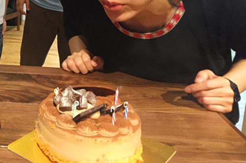 【株式会社エニドアさま】ケーキで社員の誕生日祝いを華やかに演出!
