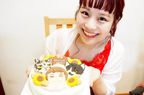 【人気双子読モ♡】安中亜美さんがお姉さんにケーキサプライズ