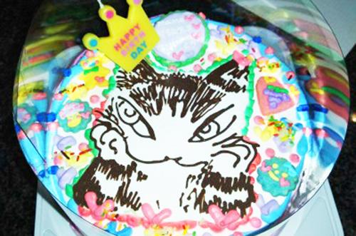 【ありがとうの声】キャラクターのイラストケーキで誕生会♪