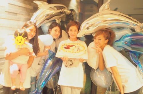 【オトナ美人】福井仁美さんが似顔絵ケーキで三十路サプライズ♡