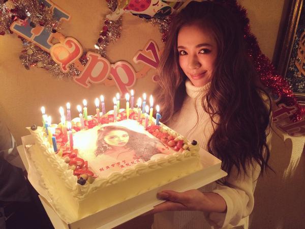 写真ケーキが凄い!JELLYモデル藤田杏奈の誕生日会に人気モデル集結