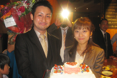 【法人ケーキ活用例】日本空手協会さまパーティーケーキで結婚祝い!