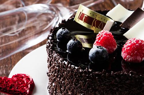 通販の冷凍バースデーケーキで楽しい誕生日祝いをする方法とは?