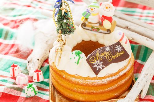 竹田恒泰さんがブランデーケーキ&クリスマスケーキを堪能!