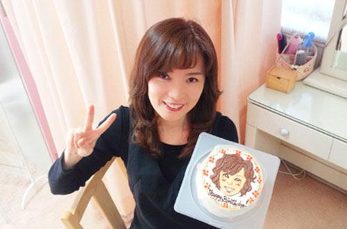 【シェービングサロンティンカーベルさま】ケーキで店長の誕生日祝い