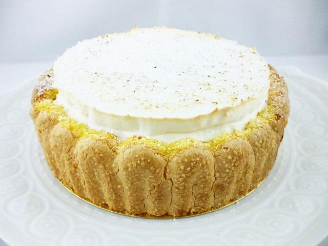 真っ白なココナッツクレームのさわやかなケーキ【ムース・ノア・ドゥ・ココ】 6号