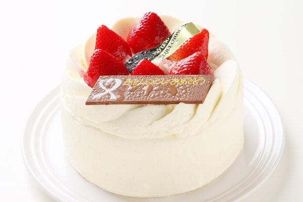 イチゴのデコレーションケーキ6号サイズ