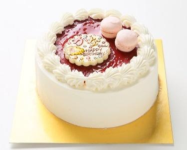 米粉の生クリームデコレーションケーキ
