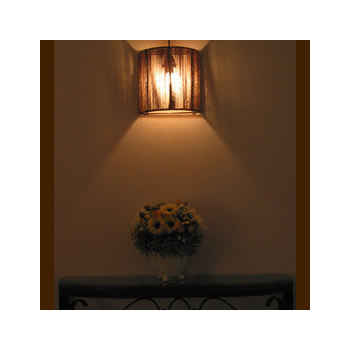 バリ島手作り インテリアウォールランプ シーグラス 半円型【インテリア 照明 誕生日 バースデー ギフト 贈り物 プレゼント お祝い】の画像1枚目