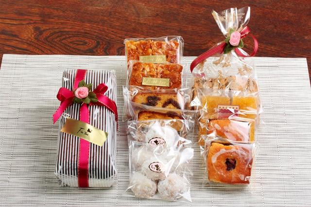 最高級の豪華な詰め合わせ【贈り物 プレゼント 詰め合わせ セット お祝い ギフト 贈答 菓子 焼き菓子】の画像3枚目