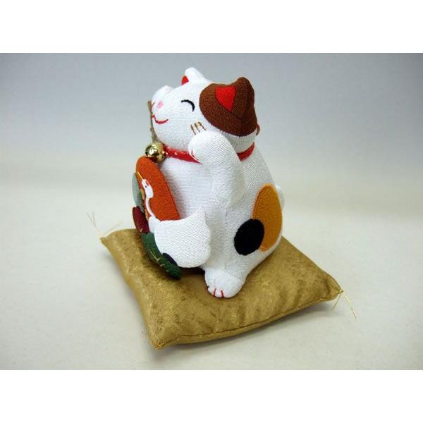 置物 招き猫 福猫 和風 鶴と亀 ぬいぐるみ ちりめん 長寿運【和 雑貨 誕生日 バースデー ギフト 贈り物 プレゼント お祝い】の画像2枚目