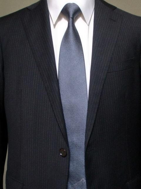 ネクタイ『和』 鮫小紋・富士山ワンポイント 藍色【誕生日 バースデー ギフト 贈り物 プレゼント お祝い 和 こだわり 父の日】の画像2枚目