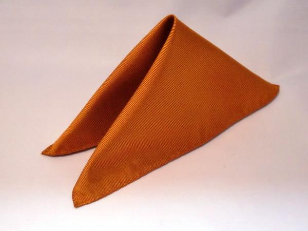 シルク100%日本製 綾織無地ポケットチーフ オレンジ::1207【メンズファッション】記念日向けギフトの通販サイト「バースデープレス」