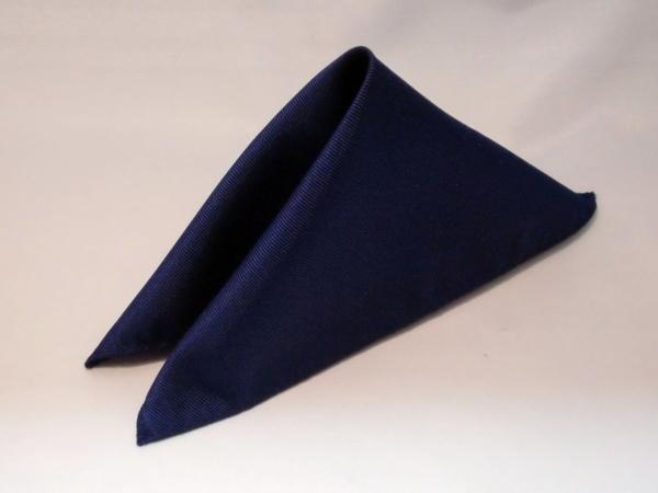 シルク100%日本製 綾織無地ポケットチーフ ネイビー::1207【メンズファッション】記念日向けギフトの通販サイト「バースデープレス」
