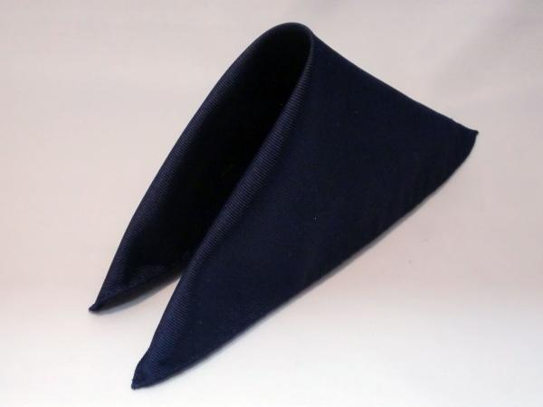 シルク100%日本製 綾織無地ポケットチーフ ダークネイビー::1207【メンズファッション】記念日向けギフトの通販サイト「バースデープレス」
