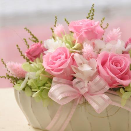 リザーブドフラワー ギフト Newピンキーボックス【送料無料】【プリザーブドフラワー 花 フラワー 誕生日 バースデー プレゼント 贈り物 ギフト お祝い】