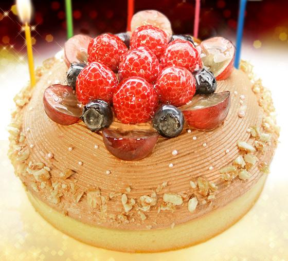 【一日5台限定】木苺のチョコレートバースデーケーキ 14cmの画像1枚目