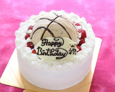 バスケットボール苺デコレーションケーキ 5号 15cm