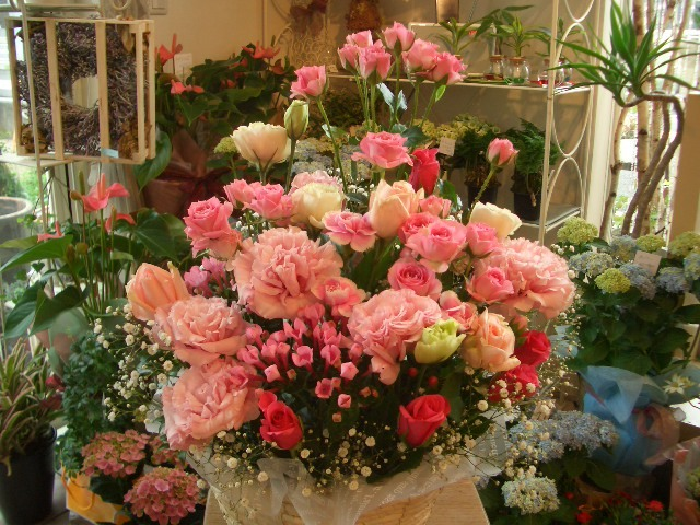 ピンクピンクピンク【花 アレンジメント フラワー 誕生日 バースデー プレゼント 贈り物 ギフト お祝い】の画像1枚目
