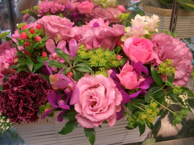 フラワーアレンジメント おまかせ【花 フラワー 誕生日 バースデー プレゼント 贈り物 ギフト お祝い】の画像2枚目