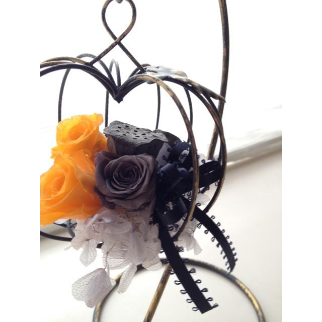 ハロウィンアレンジメント【アレンジメント ハロウィン 花 フラワー 誕生日 バースデー プレゼント 贈り物 ギフト お祝い】の画像2枚目