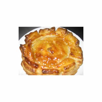 アップルパイ ホールLサイズ【りんご ケーキ スイーツ 誕生日 バースデー プレゼント 贈り物 ギフト お祝い】の画像1枚目