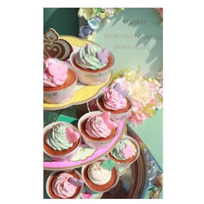 デコールカップケーキ【アイシング クッキー デコ かわいい 焼き菓子 誕生日 バースデー プレゼント 贈り物 ギフト お祝い】の画像1枚目