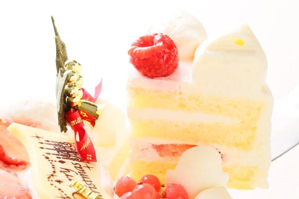 【クリスマスケーキ2016】みんな大好き生クリーム苺デコレーション 5号サイズの画像3枚目