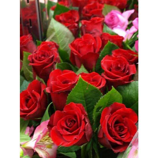 バラとカスミソウの花束(花色選択できます)