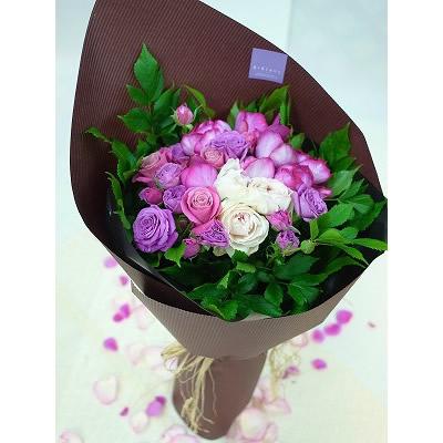 薔薇のフラットブーケ【花 フラワー 誕生日 バースデー プレゼント 贈り物 ギフト お祝い】