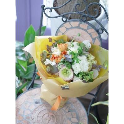 ナチュラルカラーの花束【ブーケ 花束 花 フラワー 誕生日 バースデー プレゼント 贈り物 ギフト お祝い】