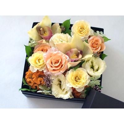 ボックスアレンジ【オレンジ】【花 フラワー 誕生日 バースデー プレゼント 贈り物 ギフト お祝い】の画像2枚目