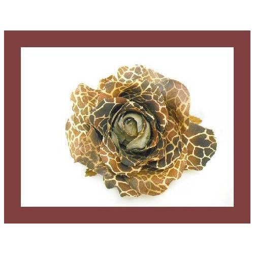 ジラフ模様のバラのコサージュ【誕生日 バースデー プレゼント 贈り物 ギフト お祝い】【ジュエリー・アクセサリー】記念日向けギフトの通販サイト「バースデープレス」