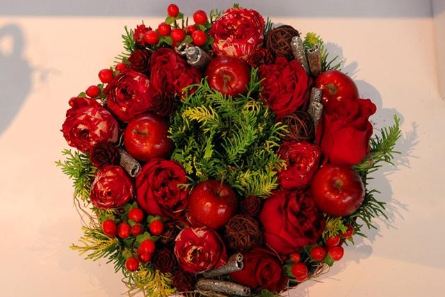 【送料無料】レッド リ~ス【お花 クリスマス お祝い プレゼント 贈り物】【花・ガーデン・DIY > フラワー】記念日向けギフトの通販サイト「バースデープレス」