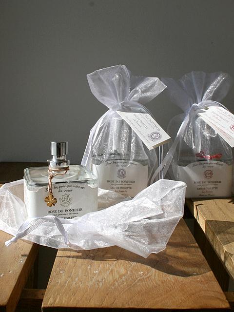 ローズが大好きな人のために…品良く香るちょっと贅沢なローズシリーズ 【ロタンティック ローズドゥボヌール オードトワレ】::1759【バッグ・小物・ブランド雑貨】記念日向けギフトの通販サイト「バースデープレス」