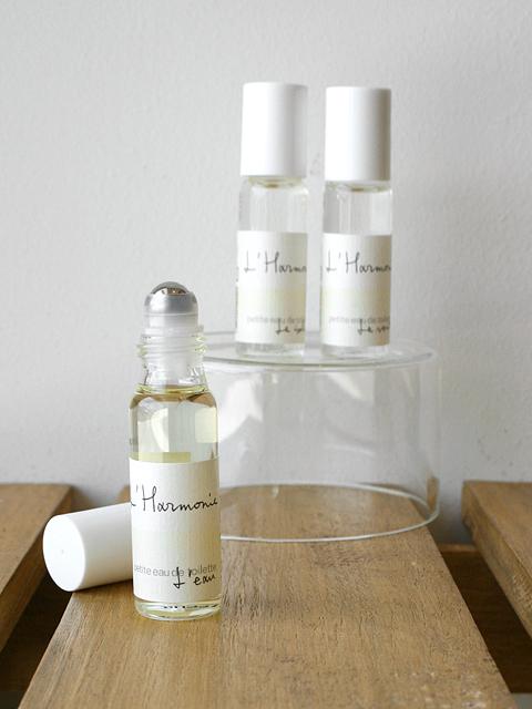 自然を感じるおだやかで清々しい3つの香り 【ロタンティック L'Harmonie - アルモニ - プティトワレ(オードトワレ ミニサイズ)】::1759【バッグ・小物・ブランド雑貨】記念日向けギフトの通販サイト「バースデープレス」