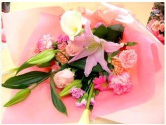 母の日花束 おまかせピンク::1864【花・ガーデン・DIY > フラワー > ブーケ  > カーネーション】記念日向けギフトの通販サイト「バースデープレス」