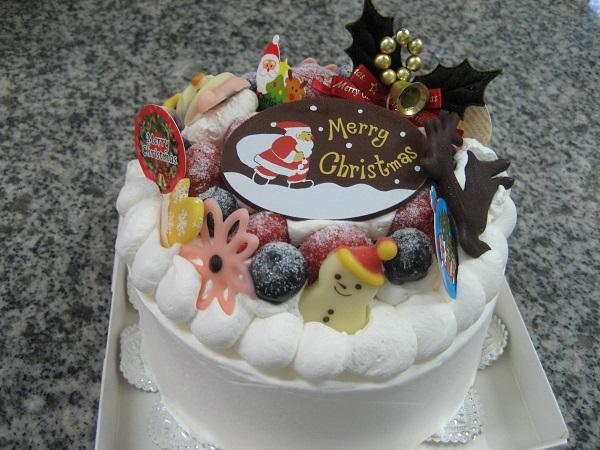【クリスマスケーキ2016】粉糖 苺デコレーションケーキ4号(直径12cm)
