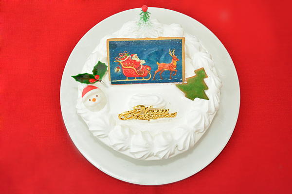 幸せを運んでくれるクリスマスケーキを注文しよう!