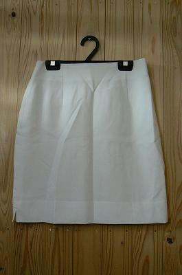 お買い得商品わけありミニタイトスカートホワイトドット柄W64cmサイズ中古::2540【バッグ・小物・ブランド雑貨】記念日向けギフトの通販サイト「バースデープレス」