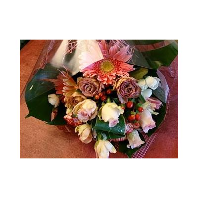 秘密の花束【花・ガーデン・DIY > 造花 > 花束】記念日向けギフトの通販サイト「バースデープレス」