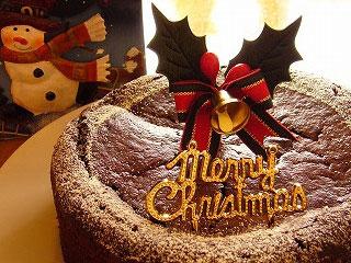 みんなが笑顔になれるデコレーションのクリスマスケーキとは?