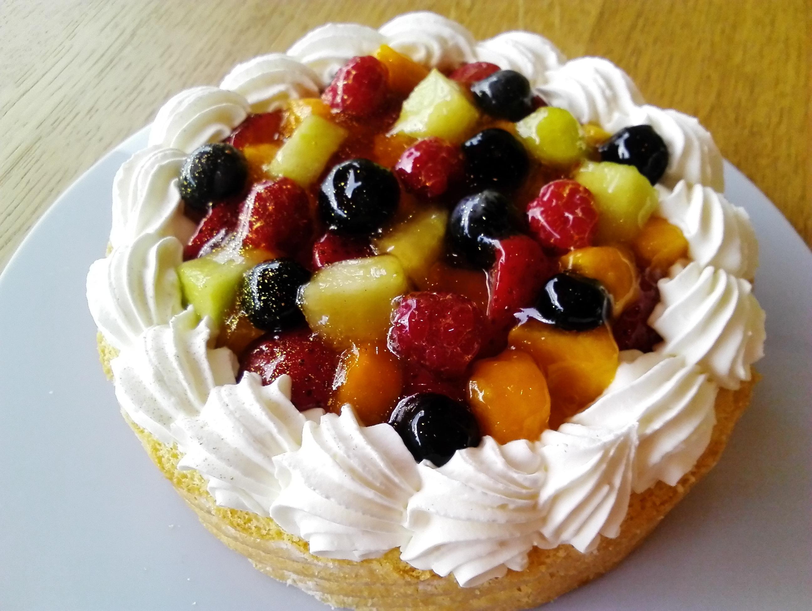 フルーツたっぷりアイスケーキ5号サイズ